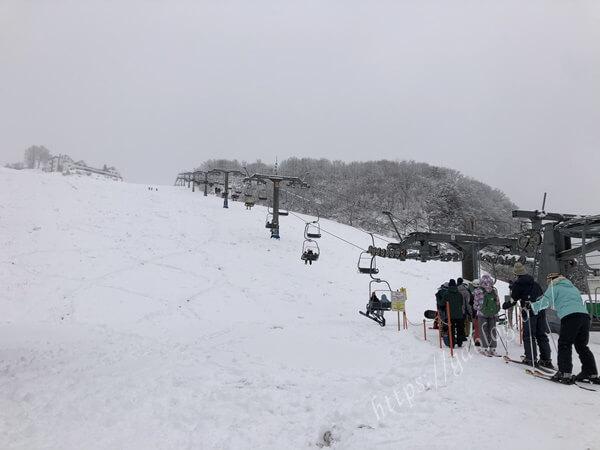 岩原スキー場 第1ペアパラレルリフト